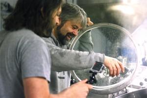 The secret ingredient: Gahr har vann fra New Zealand i koketanken. Jos hadde med en flaske til hvert av de fem bryggene han var med på i forrige uke.