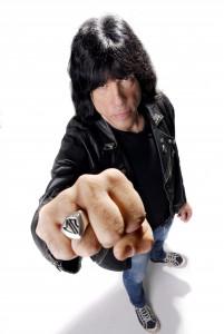 Marky ramone er en legende i rockens historie. Nå har han brygget øl sammen med Lervig.