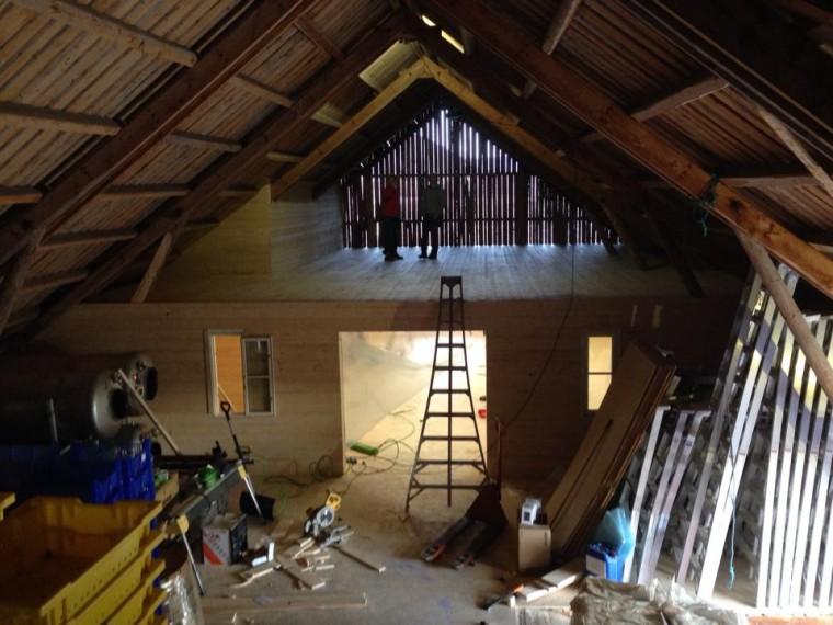 Loftet på Lindheim under arbeid